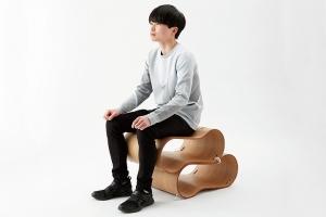 生活に合わせた使い方ができる木製椅子の提案