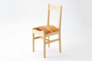 木の弾性を生かした椅子の提案