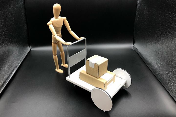 避難所となる教育機関で活躍する変形式台車のデザイン提案